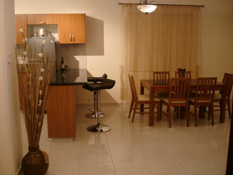 villa corallia dining room