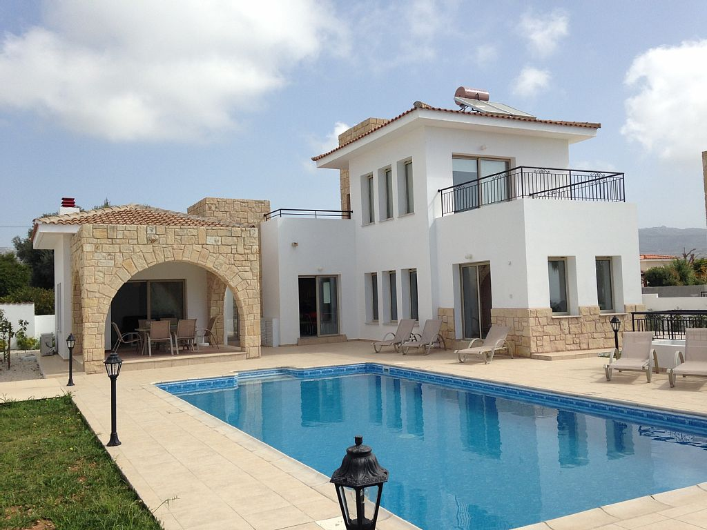 Villa Krysali is a Beautiful Modern 3 Bed 2 Bath Villa With Private Heated Pool And Central Heating (CY5706)
