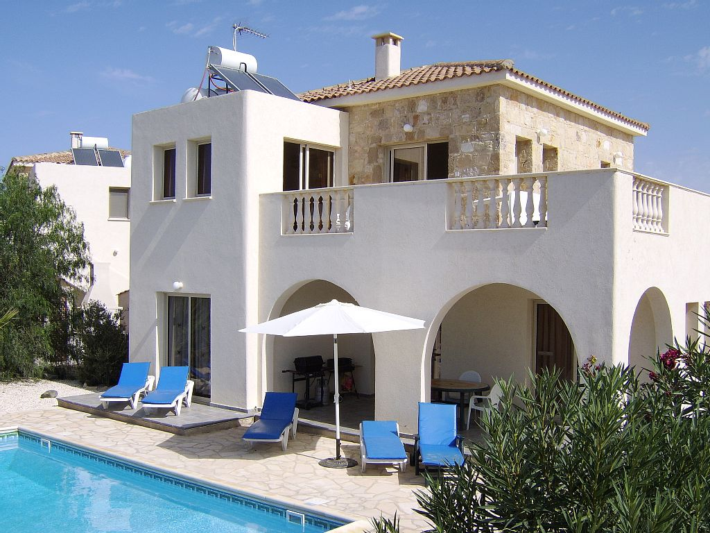 Villa Carloumay is a Luxury Detached Villa With Private Pool With Stunning Sea Views (CY2493)